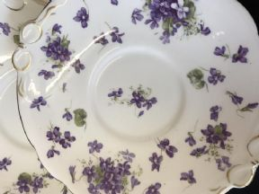 Hammersley Victorian violets serving plate